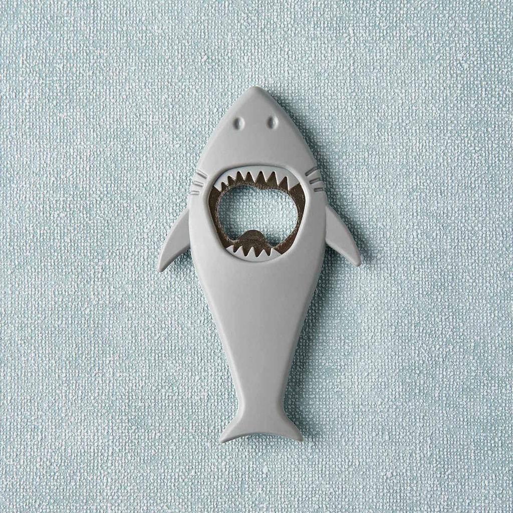 FRIENDLY BITE Otvírák na láhve žralok