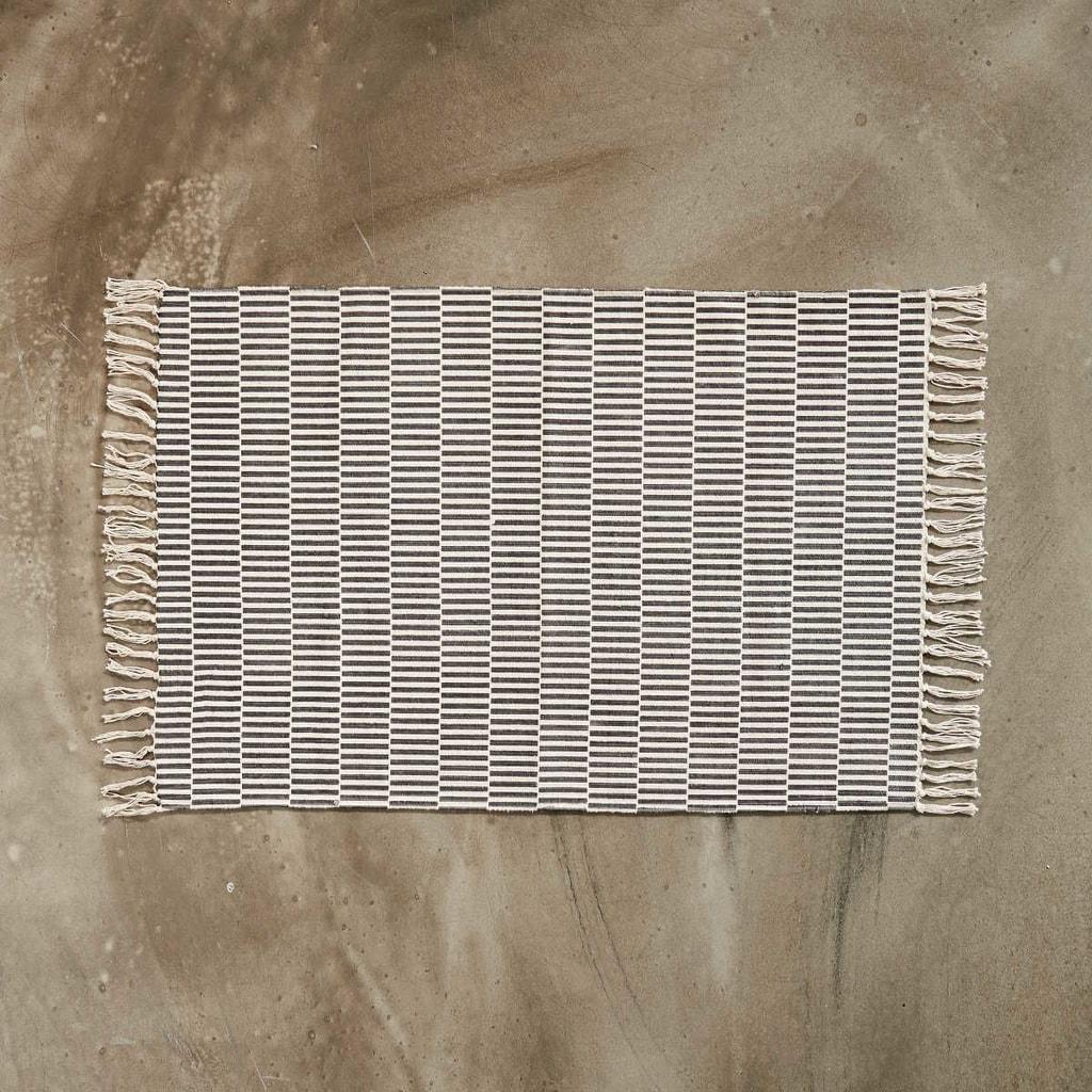 SILENT DANCER Koberec 60 x 90 cm - černá/krémová