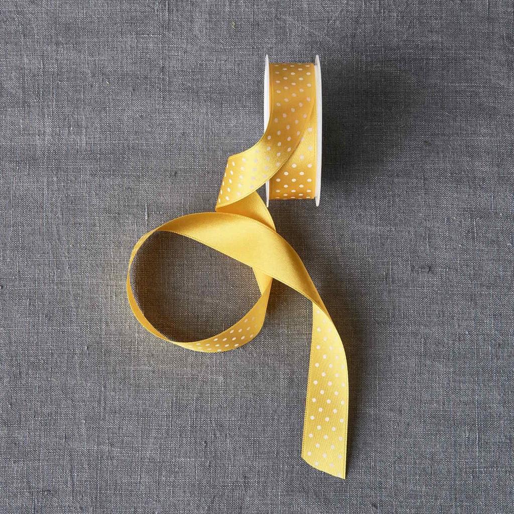 RIBBON Stužka puntík - žlutá/bílá