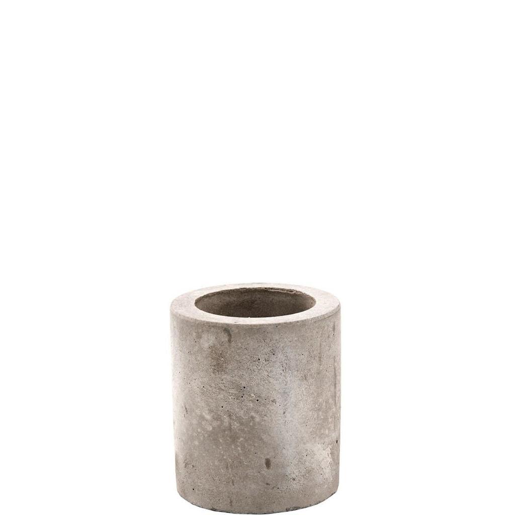 CONCRETE Svícen z betonu