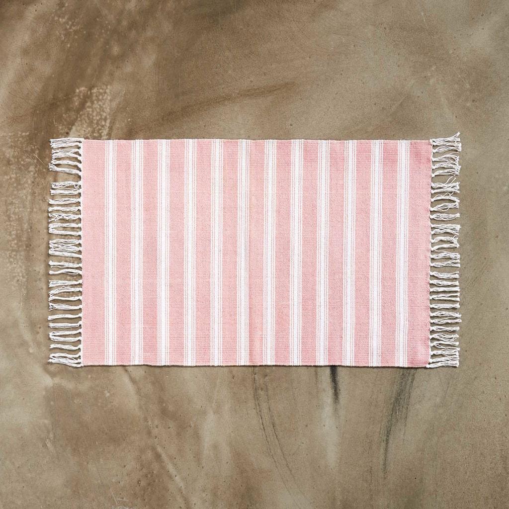 SILENT DANCER Koberec pruhovaný 60 x 90 cm - růžová/bílá